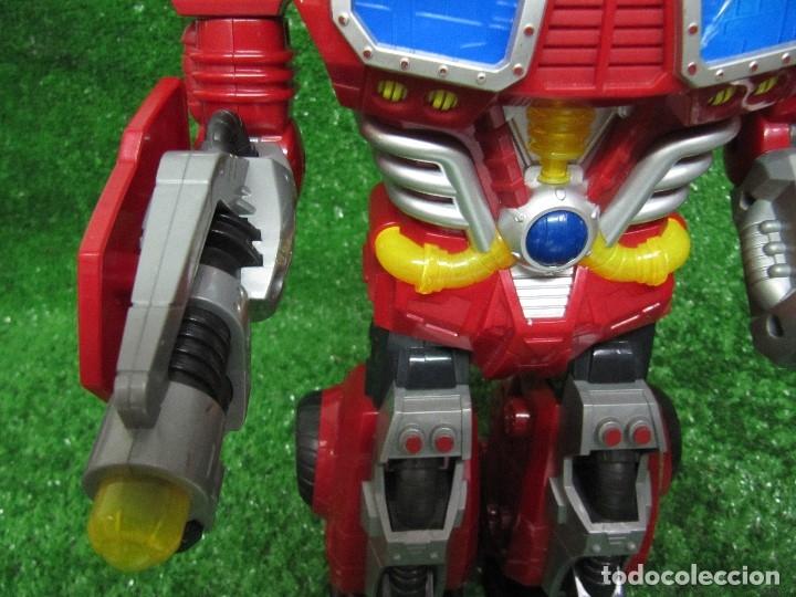 Figuras y Muñecos Transformers: Robot Transformers Luz sonido Happy Kid Toy 2008 36CM - Foto 15 - 176172339