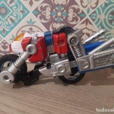 Figuras y Muñecos Transformers: ROBOT TRANSFORMABLE EN MOTO BANDAI 1986 . Lote 177122229
