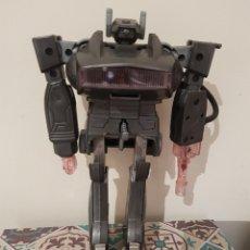 Figuras y Muñecos Transformers: ROBOT TRANSFORMER TRANSFORMABLE EN PISTOLA CLON EN GRIS DE SHOCKWAVE FABRICADO POR RADIOSHACK. Lote 177272395
