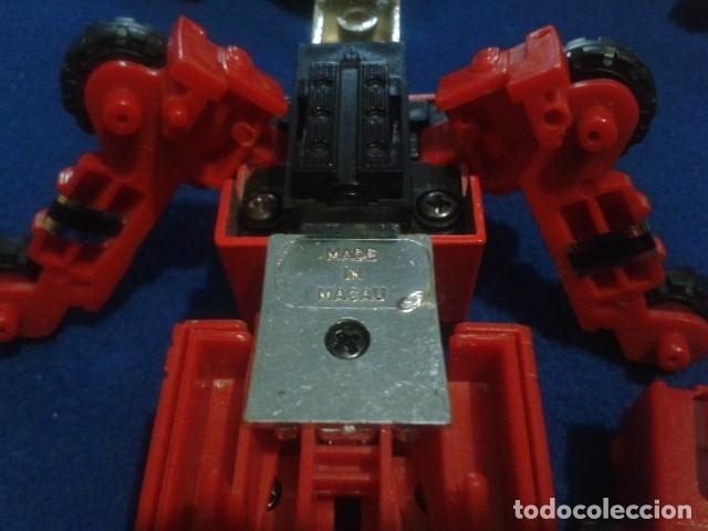 Figuras y Muñecos Transformers: FIGURA TRANSFORMERS G1 KO ( MC TOYS - CAMION DE BOMBEROS CON MECANISMO DE TRACCION ) DE LOS 80 - Foto 7 - 177322139