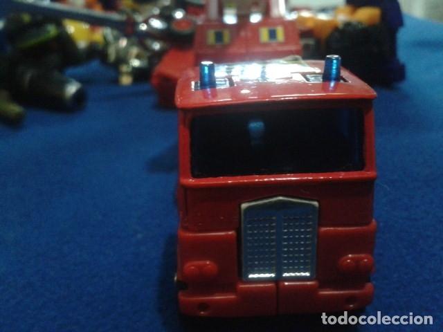 Figuras y Muñecos Transformers: FIGURA TRANSFORMERS G1 KO ( MC TOYS - CAMION DE BOMBEROS CON MECANISMO DE TRACCION ) DE LOS 80 - Foto 16 - 177322139