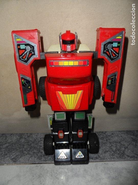 Figuras y Muñecos Transformers: FIGURA ROBO MACHINE (GOBOTS) THE WINCH TOYOTA HILUX 1984 BANDAI - Foto 3 - 177937935
