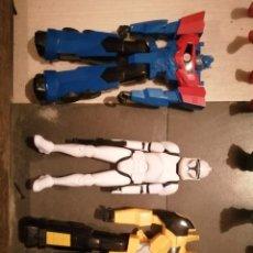 Figuras y Muñecos Transformers: TRANSFORMERS Y SOLDADO DE ASALTO STAR WARS. Lote 190936890