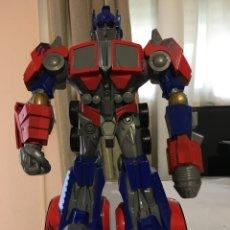 Figuras y Muñecos Transformers: OPTIMUS PRIME-TRANSFORMER-GROSVENOR HASBRO 2008-28 CM. Lote 191873132