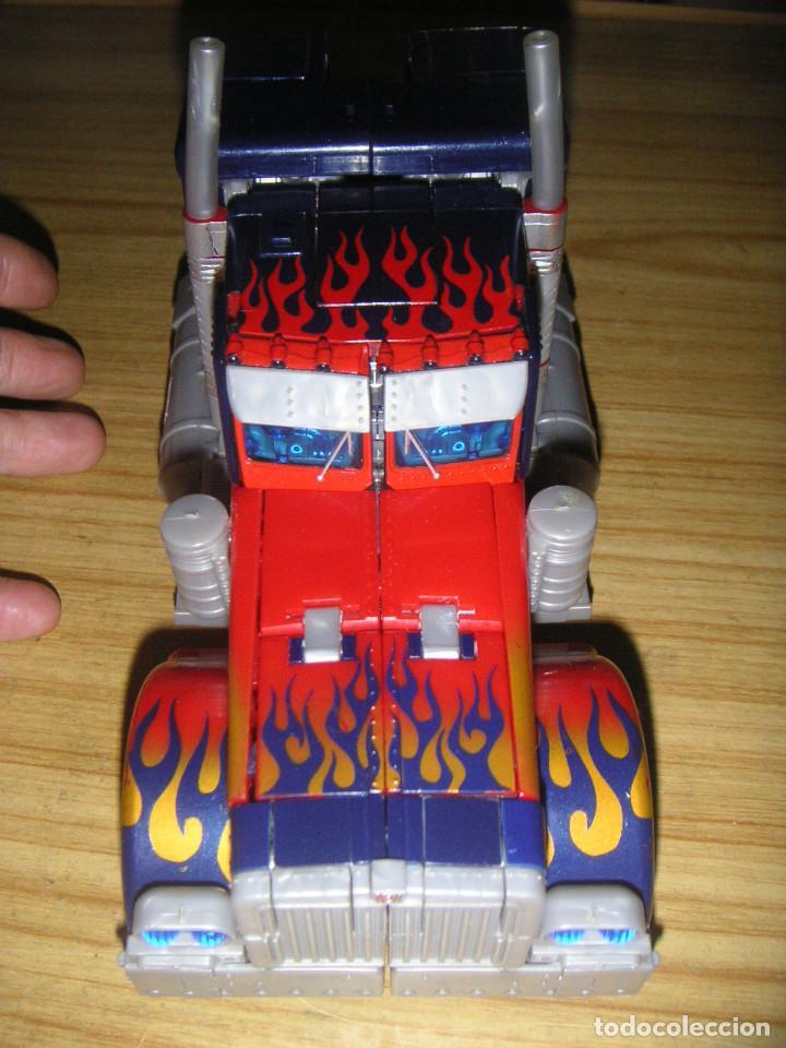 Figuras y Muñecos Transformers: Transformer Optimus Primer Leader Class (Hasbro, 2007) Transformers Movie - Foto 2 - 193950303