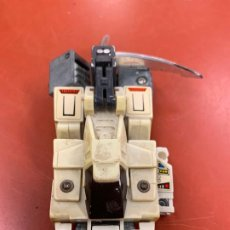 Figure e Bambolotti Transformers: ANTIGUO TRANSFORMER. TAL COMO APARECE EN LA FOTO PRINCIPAL MIDE UNOS 9CMS. Lote 194151733