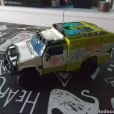 Figuras y Muñecos Transformers: TRANSFORMERS HUMMER H2. DARK ON THE MOON-MECHTECH DELUXE RATCHET. Lote 198158498