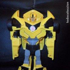 Figuras y Muñecos Transformers: BUMBLEBEE - 25 CM. AUTOBOT TRANSFORMERS - 2015 HASBRO -. Lote 205351735