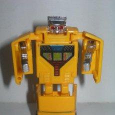 Figuras y Muñecos Transformers: RARO COCHE / FIGURA TRANSFORMER FABRICADO POR ARTEC - TRANSFORMERS AÑOS 80 - MADE IN SPAIN -. Lote 206444017