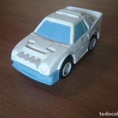 Figuras y Muñecos Transformers: TRANSFORMER CON CARROCERIA DE COCHE HASBRO 1986 TAKARA. Lote 212026746