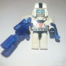 Figuras y Muñecos Transformers: MINI FIGURA KRE-O TRANSFORMERS - AUTOBOT TROOPER DE CYCLE CHASE. COMPLETO HASBRO. RAREZA. Lote 218275815