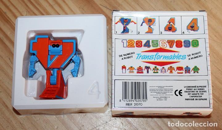 Figuras y Muñecos Transformers: NUMEROBOTS - ROBOT TRANSFORMABLE - NUMERO 4 - RIMA - EN SU CAJA ORIGINAL - AÑOS 80 - Foto 4 - 222798490
