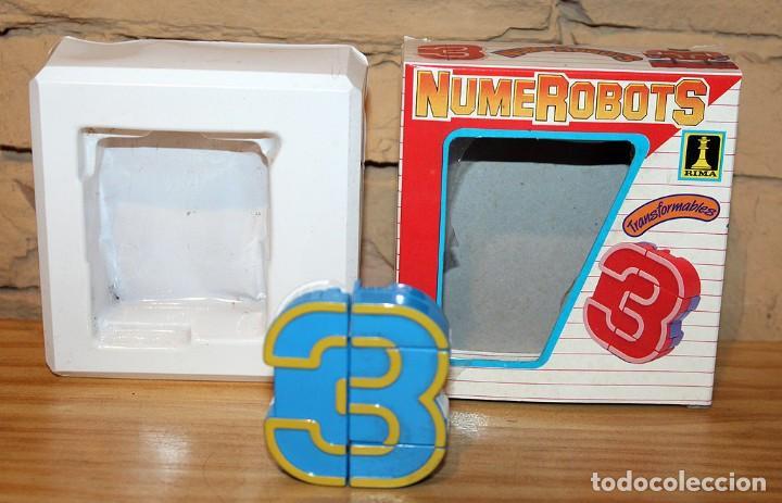 Figuras y Muñecos Transformers: NUMEROBOTS - ROBOT TRANSFORMABLE - NUMERO 3 - RIMA - EN SU CAJA ORIGINAL - AÑOS 80 - Foto 3 - 222798710