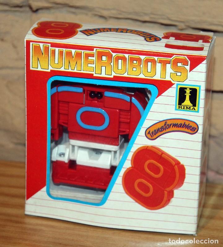 NUMEROBOTS - ROBOT TRANSFORMABLE - NUMERO 8 - RIMA - EN SU CAJA ORIGINAL - AÑOS 80 (Juguetes - Figuras de Acción - Transformers)
