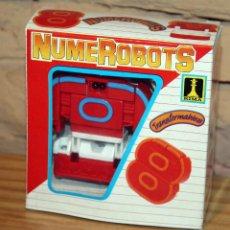 Figuras y Muñecos Transformers: NUMEROBOTS - ROBOT TRANSFORMABLE - NUMERO 8 - RIMA - EN SU CAJA ORIGINAL - AÑOS 80. Lote 222798761