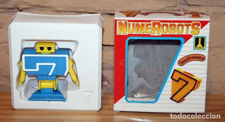 Figuras y Muñecos Transformers: NUMEROBOTS - ROBOT TRANSFORMABLE - NUMERO 7 - RIMA - EN SU CAJA ORIGINAL - AÑOS 80 - Foto 3 - 222798798