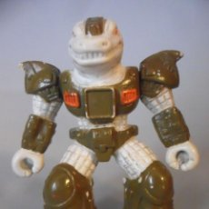 Figuras y Muñecos Transformers: BATTLE BEASTS BESTIAS DE COMBATE GRUSOME GATOR VARIANTE ESPAÑOLA TAKARA HASBRO 1986. Lote 226057192