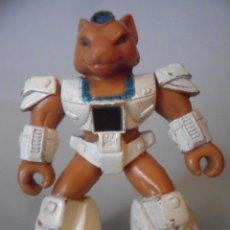 Figuras y Muñecos Transformers: BATTLE BEASTS BESTIAS DE COMBATE SLY FOX VARIANTE ESPAÑOLA TAKARA HASBRO 1986. Lote 226064531