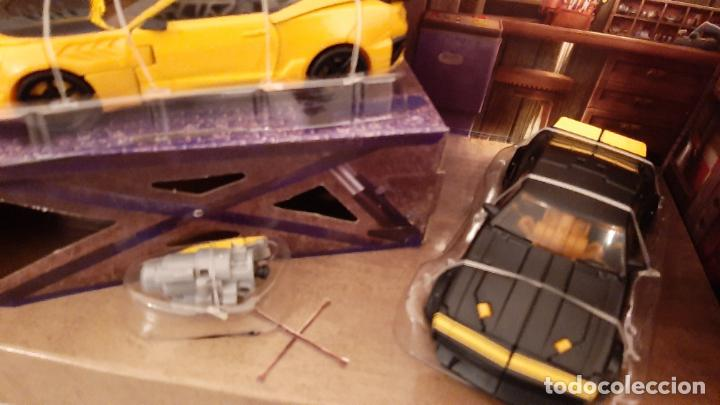 Figuras y Muñecos Transformers: TRANSFORMERS BUMBLEBEE TRIBUTE HIVE COCHE CHEVROLET CAMARO TRIO 1967 1977 2016 HASBRO - Foto 7 - 237561340