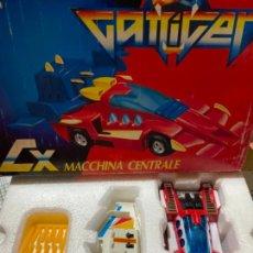 Figuras y Muñecos Transformers: GATTIGER TRANSFORMER MACCHINA CENTRALE GIOCHI PREZIOSI. Lote 245571555