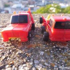 Figuras y Muñecos Transformers: LOTE 2 TRANSFORMERS MICRO MINI CAMIONES SIN MARCA BOOTLEG PLÁSTICO KIOSKO PARA COMPLETAR DESPIECE. Lote 264696389