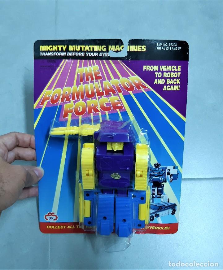 JUGUETE TRANSFORMER TRANSFORMERS. BOOTLEG THE FORMULATOR FORCE (TANQUE). EN BLISTER, AÑOS 90 (Juguetes - Figuras de Acción - Transformers)