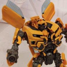 Figuras y Muñecos Transformers: BUMBLEBEE TRANSFORMERS EL LADO OSCURO DE LA LUNA / DARK OF THE MOON. Lote 295350438