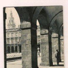 Folhetos de turismo: VITORIA EDITADO POR LA JUNTA PROVINCIAL DE INFORMACION TURISMO Y EDUCACION POPULAR 1962. Lote 27366643