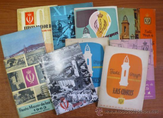 LOTE DE 10 PROGRAMAS OFICALES DE LA FIESTA MAYOR DEL BARRIO DE LAS CORTS. BARCELONA. (Coleccionismo - Folletos de Turismo)