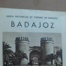 Folletos de turismo: FOLLETO DE TURISMO BADAJOZ, CON FOTOS. Lote 55037350