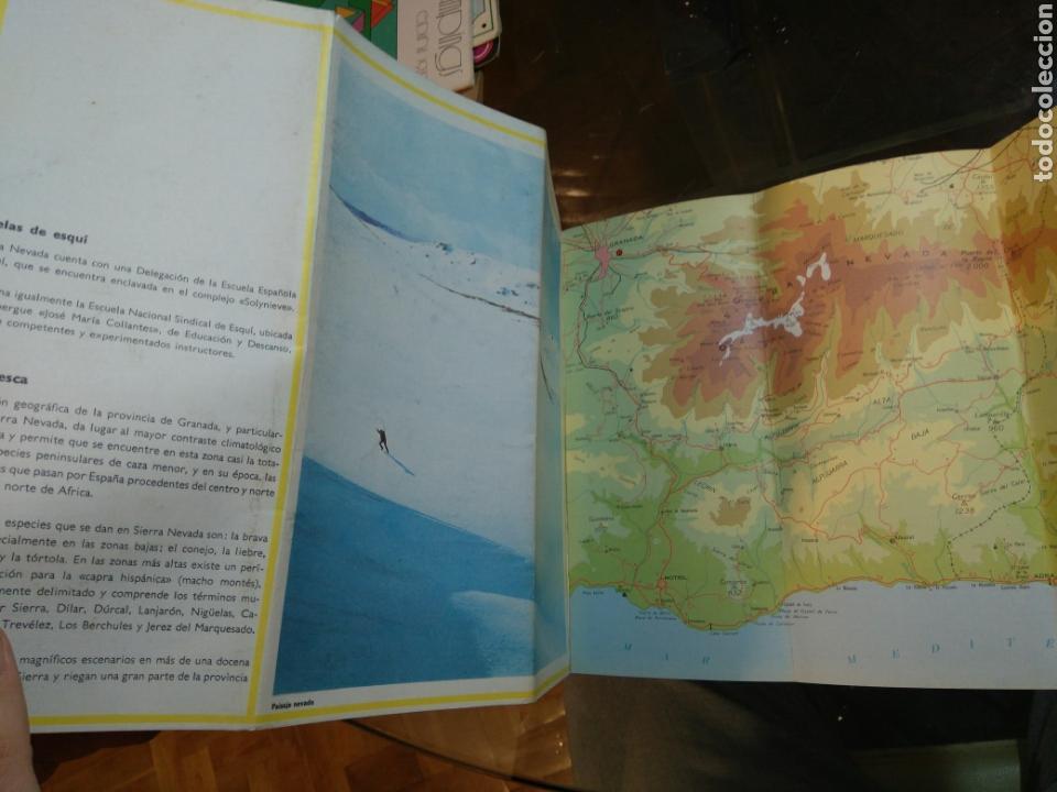 Folletos de turismo: Folleto Sierra Nevada. Desplegable. Años 70. Granada. Ministerio Información y Turismo. Con mapa - Foto 5 - 68715897
