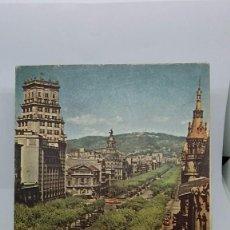 Folletos de turismo: PLANO BARCELONA ABRIL 1957. GUÍA CON PLANO DESPLEGABLE. A COLOR. BUEN ESTADO. PLANO TURÍSTICO.. Lote 70385645