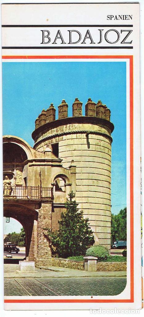 FOLLETO TURÍSTICO DE BADAJOZ. MAPA Y PLANO DESPLEGABLE. AÑOS 60-70 (EN ALEMÁN) (Coleccionismo - Folletos de Turismo)
