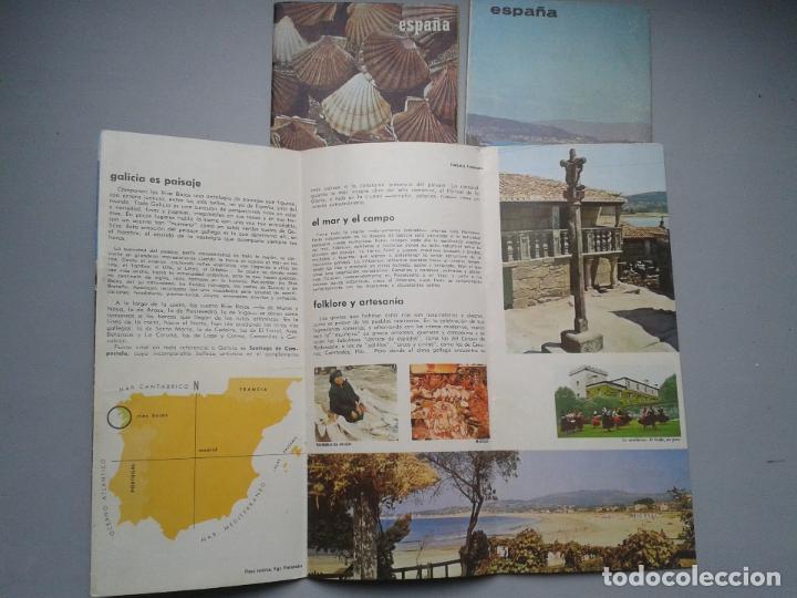Folletos de turismo: Lote de 3 Folletos de Turismo de las Rias Bajas. Años 60. - Foto 4 - 80741930