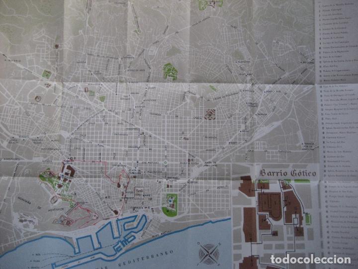 Folletos de turismo: Barcelona. Plano Guia. 1970 - Foto 2 - 93559345