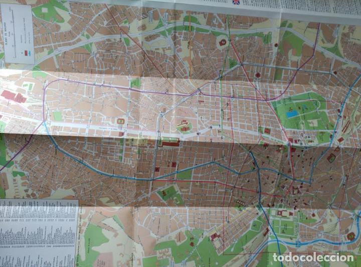 Folletos de turismo: PLANO MONUMENTAL DE LA CIUDAD DE MADRID - Foto 2 - 100032639