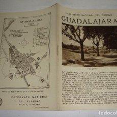 Brochures de tourisme: FOLLETO TURÍSTICO. PATRONATO NACIONAL DEL TURISMO. GUADALAJARA. CON PLANO Y FOTOGRAFÍAS.. Lote 123620551