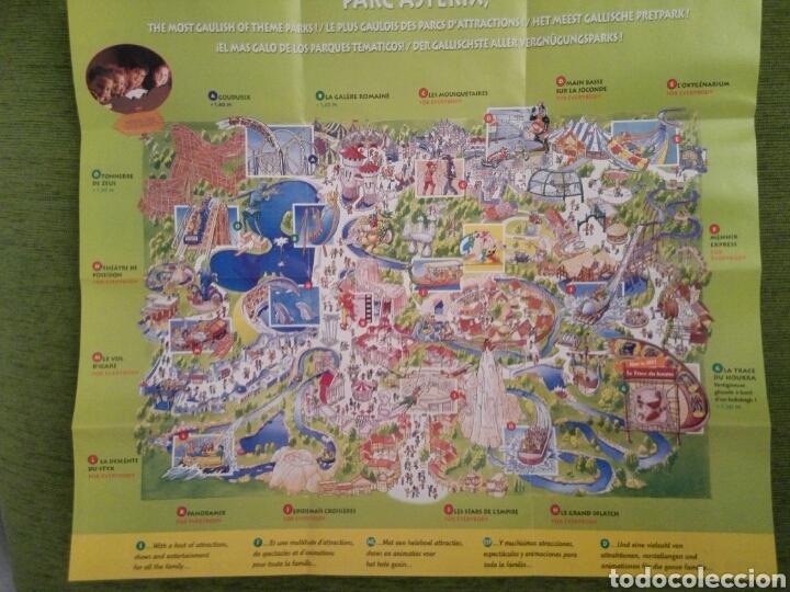 Folletos de turismo: PLANO GUIA DEL PARQUE DE ATRACCIONES DE ASTÉRIX EN FRANCIA DEL AÑO 2001. VARIOS IDIOMAS - Foto 3 - 162989804