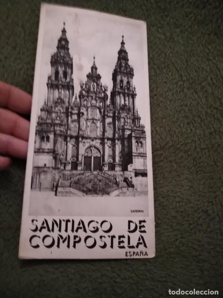 ANTIGUO FOLLETO TURISTICO SANTIAGO DE COMPOSTELA (Coleccionismo - Folletos de Turismo)
