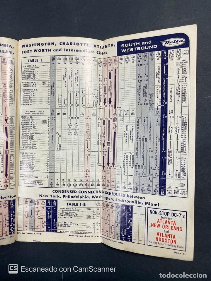 Folletos de turismo: DELTA AIR LINES. ROYAL SERVICE FLIGHTS. INFORMACION DE VUELOS. 1958. - Foto 3 - 213767827