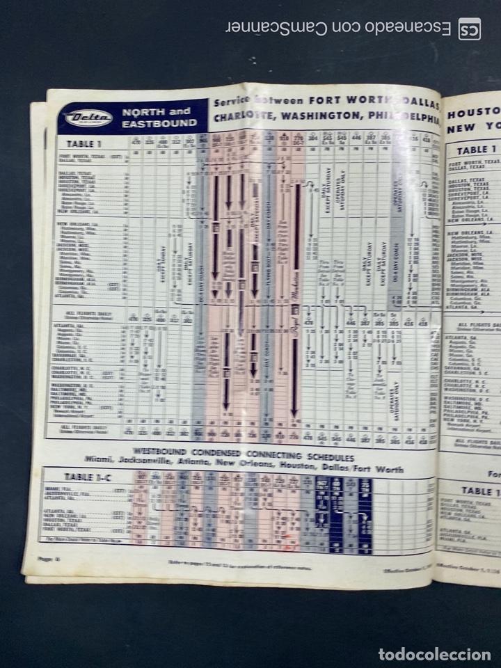 Folletos de turismo: DELTA AIR LINES. ROYAL SERVICE FLIGHTS. INFORMACION DE VUELOS. 1958. - Foto 4 - 213767827