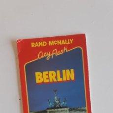 Folletos de turismo: (SEVILLA) PLANO BERLIN. GUIA CITY FLASH. Lote 237080645