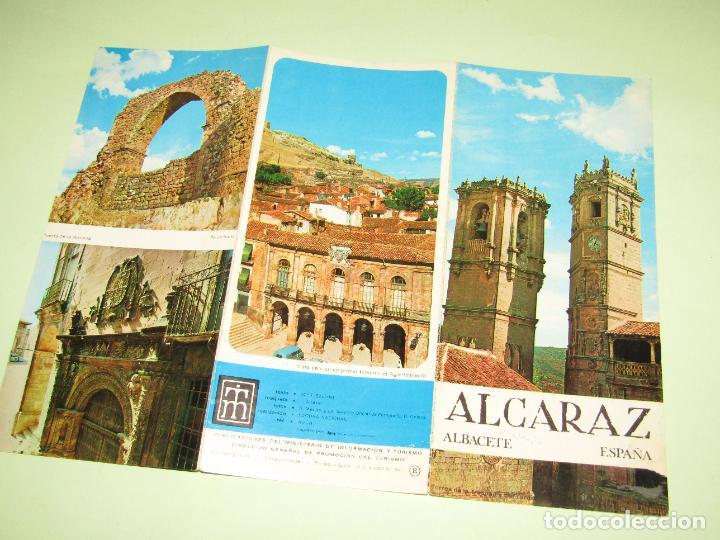 Folletos de turismo: Catálogo Publicitario de TORREDEMBARRA por el Ministerio de Información y Turismo - Año 1960s - Foto 2 - 277185108