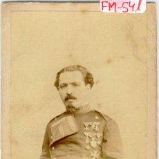 Fotografía antigua: (FM-541)FOTOGRAFIA MILITAR DE INFANTERIA CON UNIFORME APROX.1854 SIGLO XIX (10 X 6 CM.). Lote 7612171
