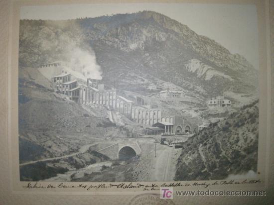Fotografía antigua: FÁBRICA DE CEMENTOS PORTLAND ASLAND ENTRE CASTELLAR DE NUCH Y LA POBLA DE LILLET. FERROCARRIL. - Foto 2 - 26885584