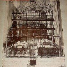 Fotografía antigua: ANTIGUA FOTOGRAFIA ALBUMINA GRANADA Nº 4 - GRANADA - CAPILLA REAL - SEPULCRO DE LOS REYES CATOLICOS . Lote 26184830