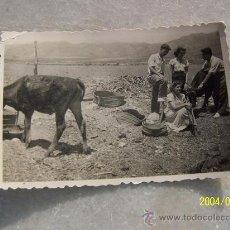 Fotografía antigua: ANTIGUA FOTOGRAFÍA ( 6 X 8.5 CM) - HUESCAR- GRANADA.- 1949. Lote 19468629