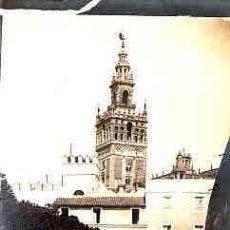 Fotografía antigua: FOTOGRAFIA ALBUMINA TAMAÑO TARJETA SEVILLA PATIO DE LQS BANDERAS. Lote 11153335