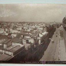 Fotografía antigua: ANTIGUA FOTOGRAFIA ALBUMINA DE SEVILLA - VISTA GENERAL DESDE LA GIRALDA - FOTO LINARES - MIDE 24 X 1. Lote 26329233