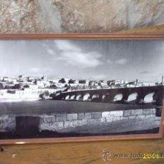 Fotografía antigua: FOTO ANTIGUA DEL PUENTE ROMANO DE ZAMORA. FOTÓGRAFO: QUINTAS.. Lote 22513036
